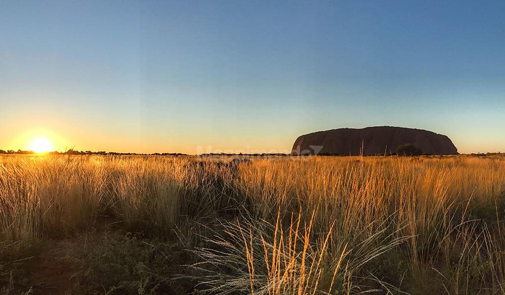 uluru ayers rock monolite australiano
