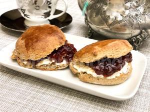 Gli scones: i re dell'Afternoon Tea della Famiglia Reale Inglese