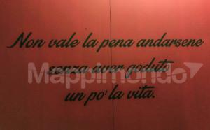 FRIDA KAHLO IL CAOS DENTRO: VIAGGIO NELL'UNIVERSO ARTISTICO DI UNA DONNA GENIALE